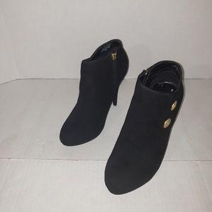 Women's Guess booties